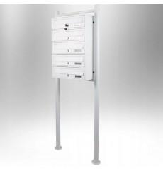 Boîtes aux lettres collectives pour 5 sur pieds en blanc